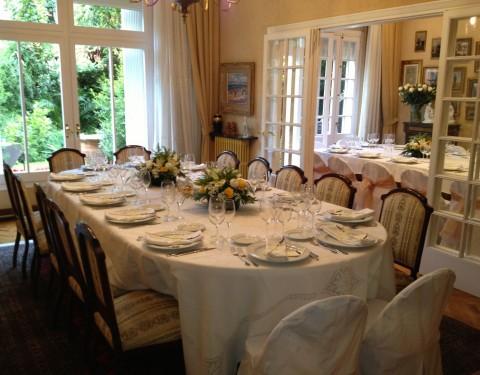 catering pequeño formato en comedor de casa particular